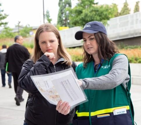 cropped Metro volunteers 0718StreetTeamSpecOlympcs004
