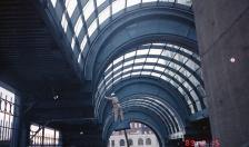 Station construction (Dec 19, 1989)